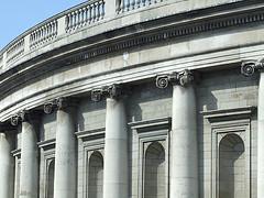 Bank blames user; gets caught