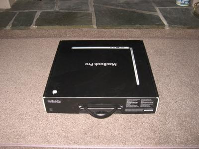 macbook-pro-unboxing-02.jpg