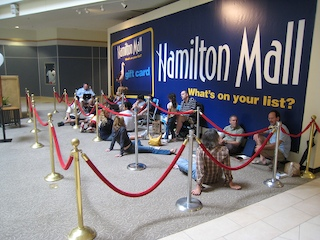 iPhone line at the Hamilton Mall