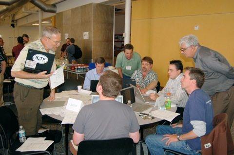 Developers test the interoperability of identity layer code at IIW2007A