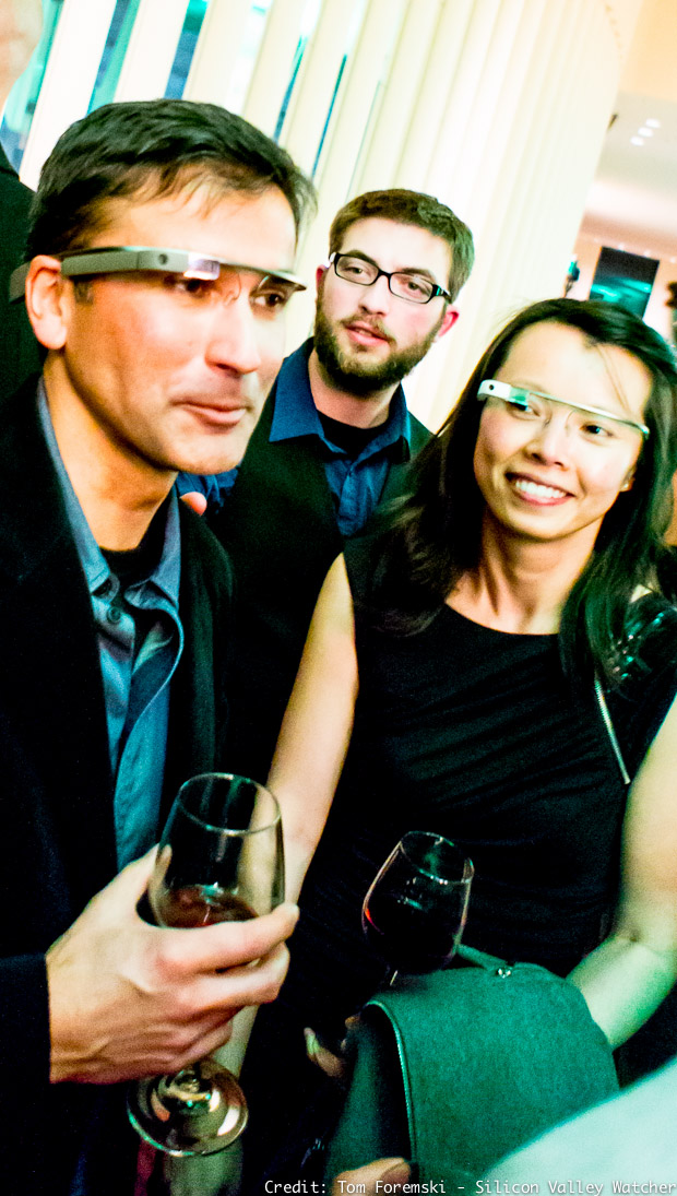"""In love with Google Glass at """"The Crunchies"""""""
