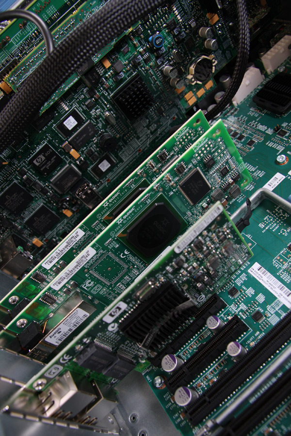 Controller cards in the DL785