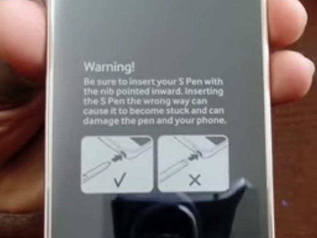Galaxy Note 5 now comes with a warning on how to not jam up the S-Pen