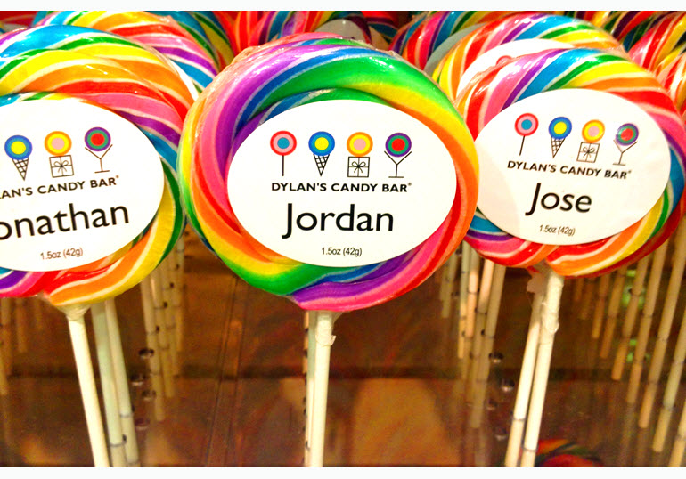 Dylan's Candy Bar Customer experience in retail and e-commerce