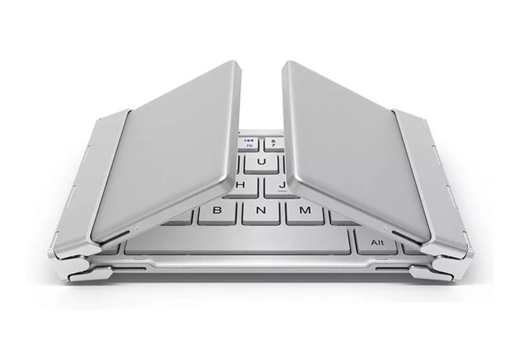 Thomas Lyte Bluetooth Keyboard Trifold