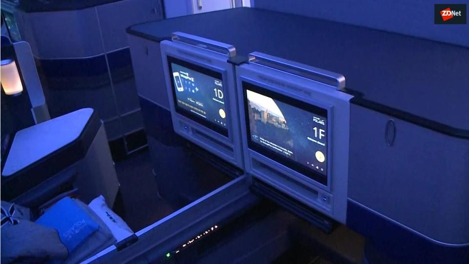 united-airlines-covers-up-seat-cameras-f-5ccc23e92f64e300c1b87bc9-1-may-06-2019-14-18-16-poster.jpg
