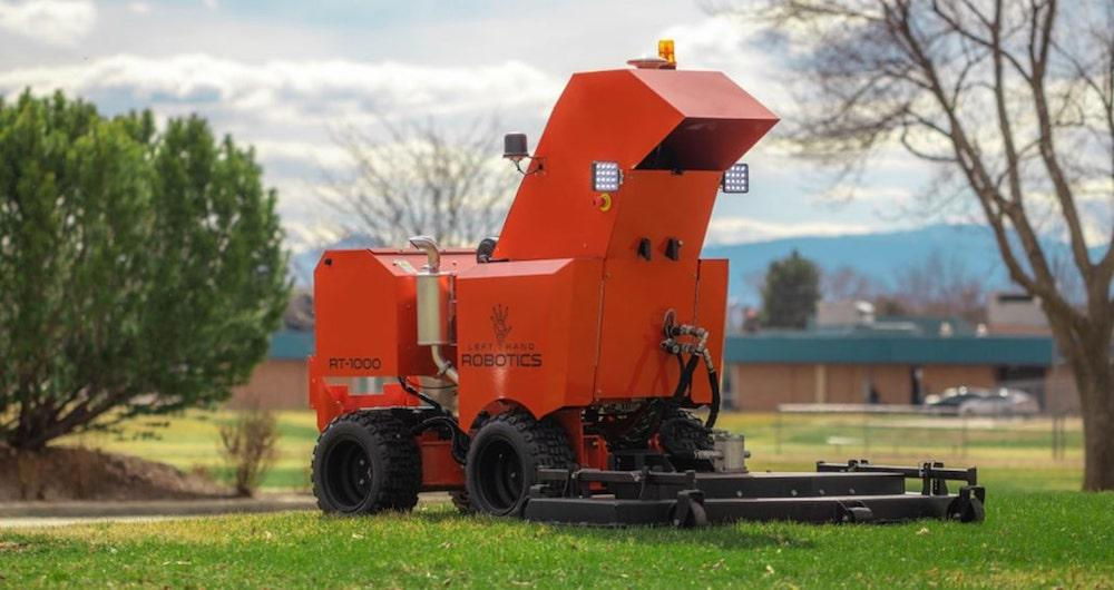 rt1000-mowing-front-angle.jpg