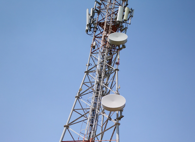 huawei-bharti-airtel-microwave-tower.png