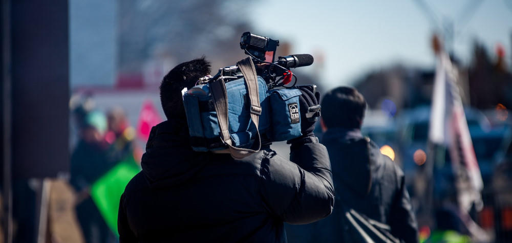 cameraman tv broadcast station