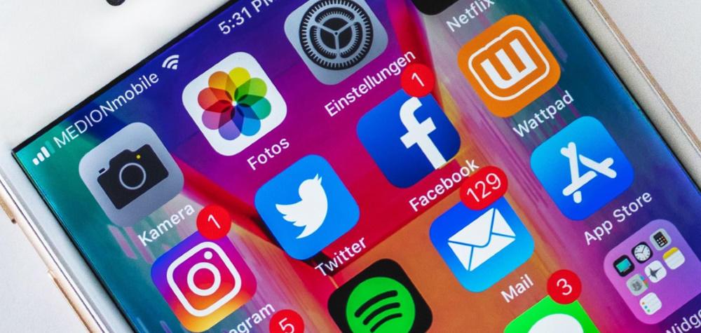 social apps twitter facebook