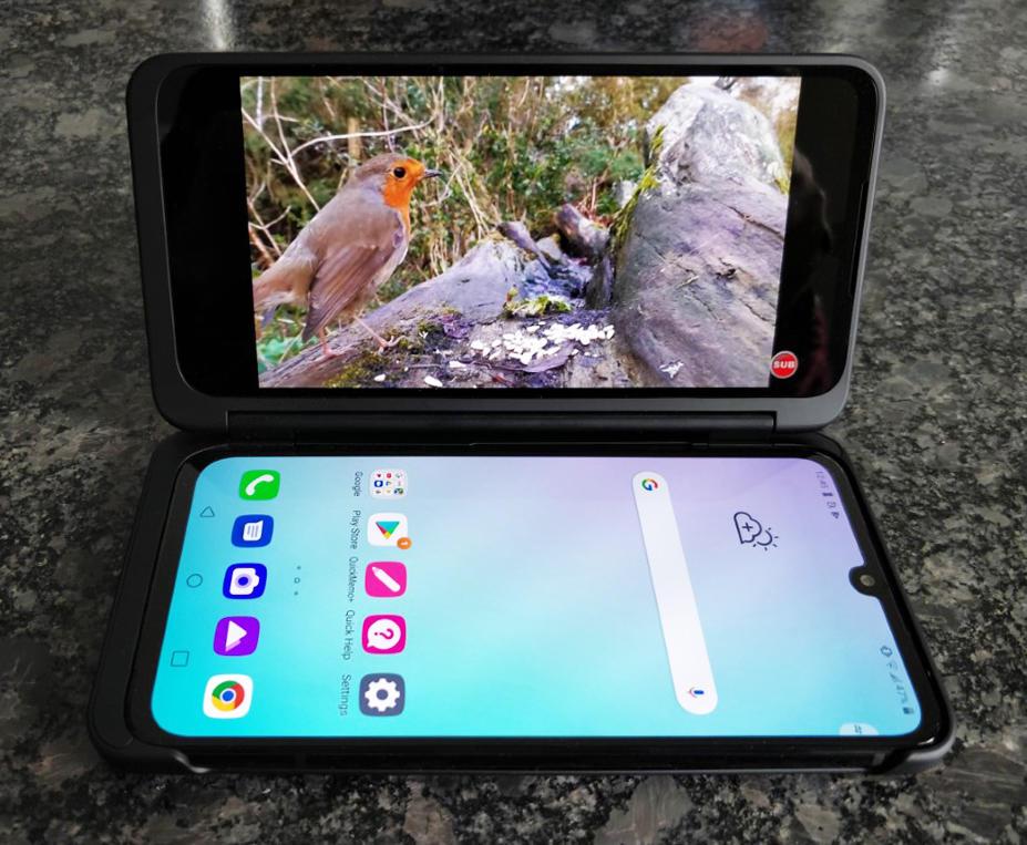 lg-g8x-thinq-long-term-video-screen-2.jpg