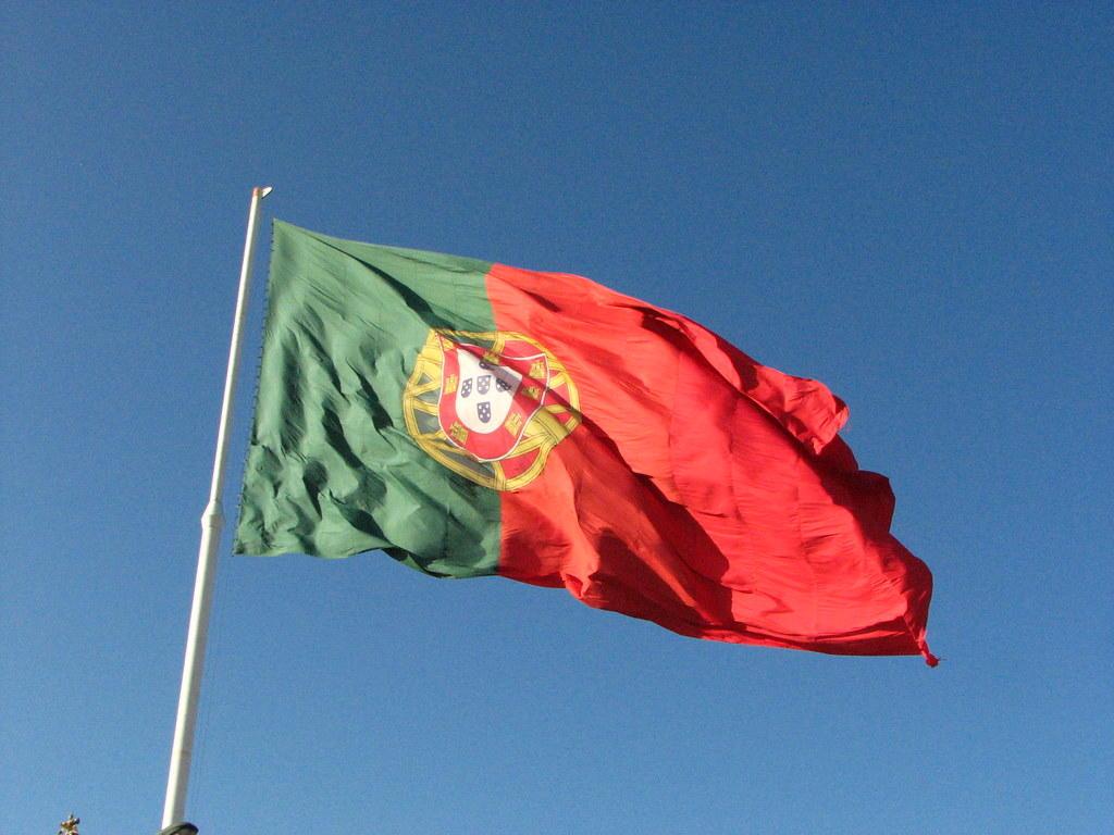 port-flag-2.jpg