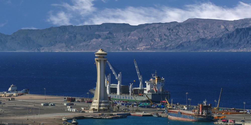 port-ship-sea.jpg