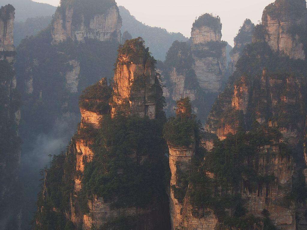zhangjiajie-at-dawn-1.jpg