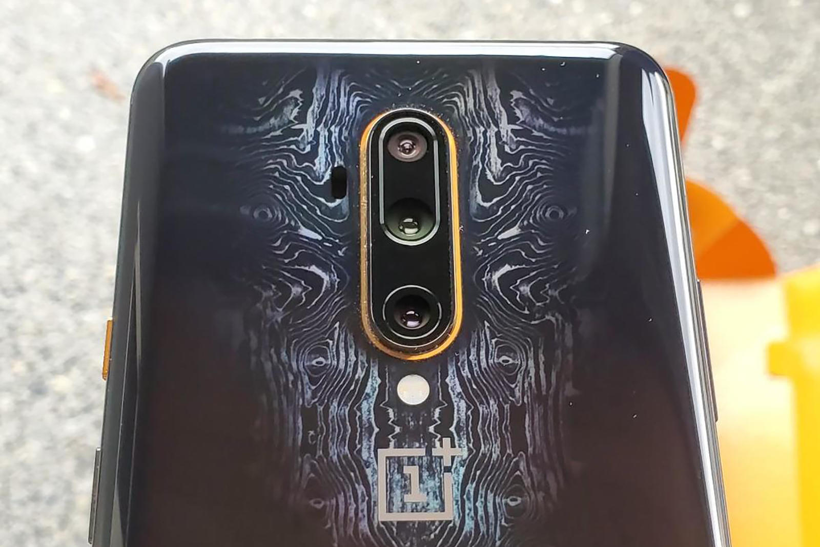 best-old-phone-oneplus-7tp-mclaren-8-review.jpg