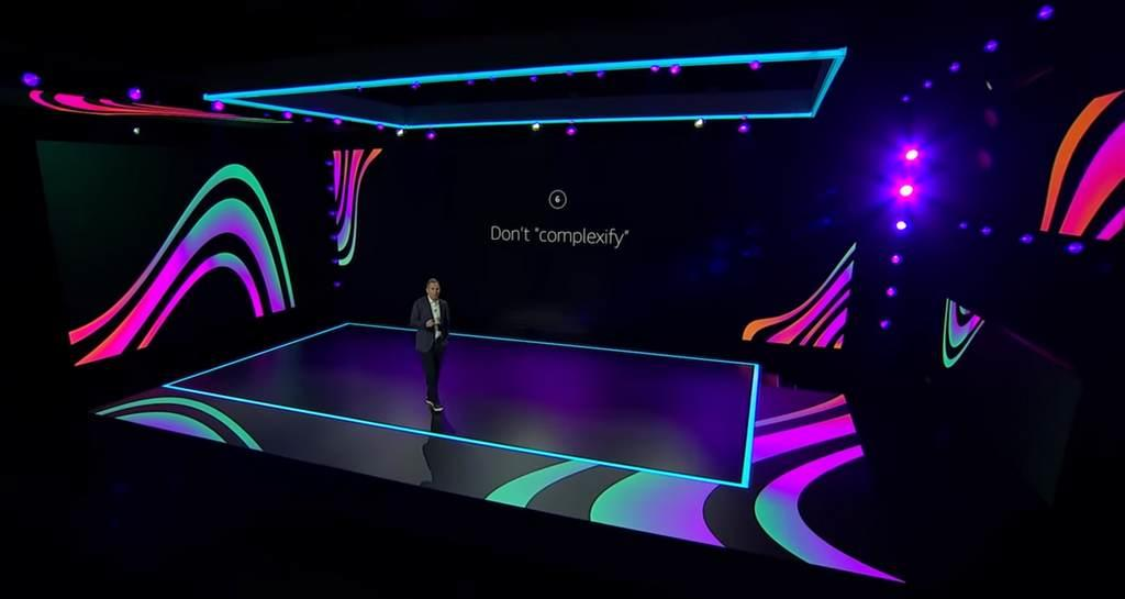201211-aws-re-invent-2020-andy-jassy.jpg