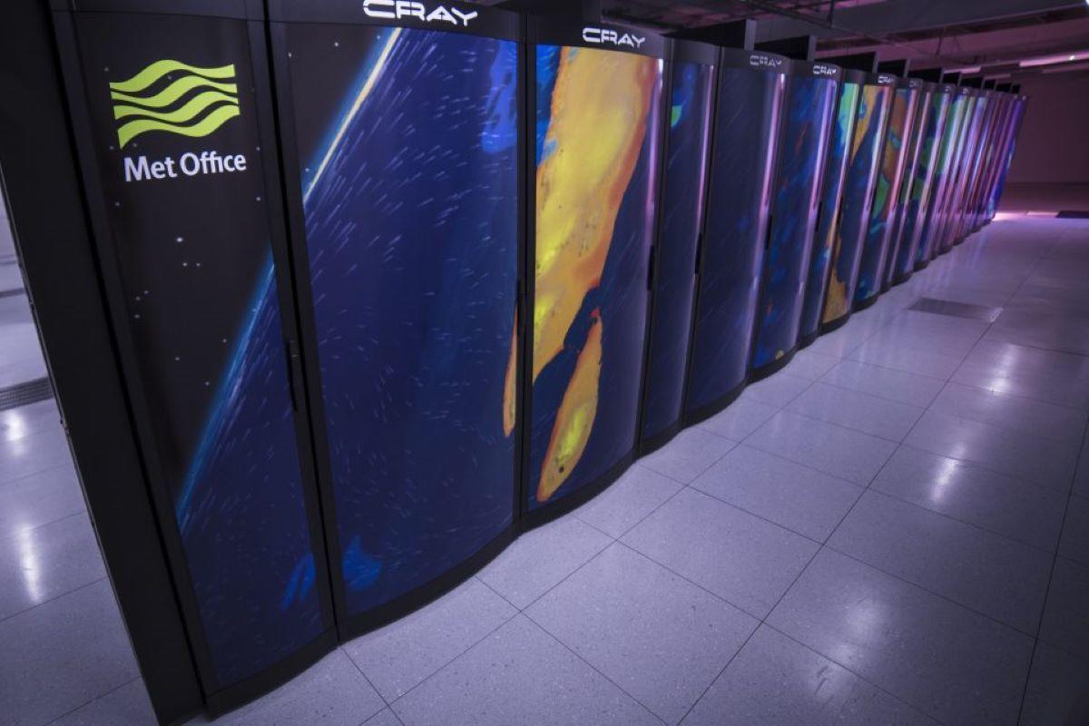 met-office-supercomputer.jpg