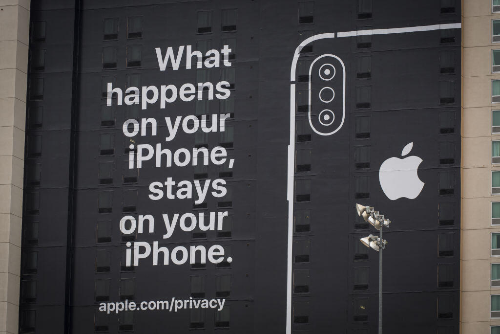 apple-ces-2019-ad-privacy-gettyimages.jpg