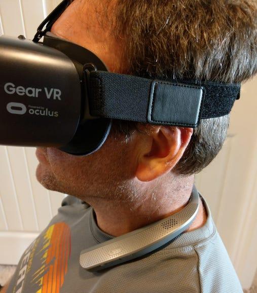 Enjoying VR in quad speaker mode