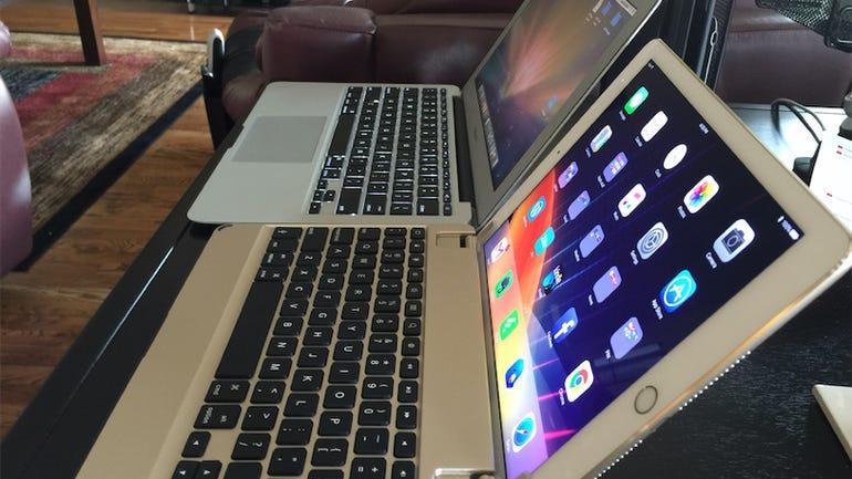 04-brydgeair-macbook-air-side-by-side.jpg