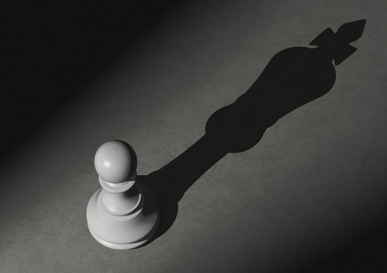 chess-pawn-shadow-king.jpg