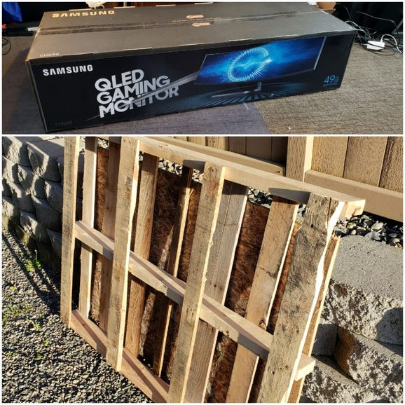 Samsung monitor arrived on a large wooden pallet