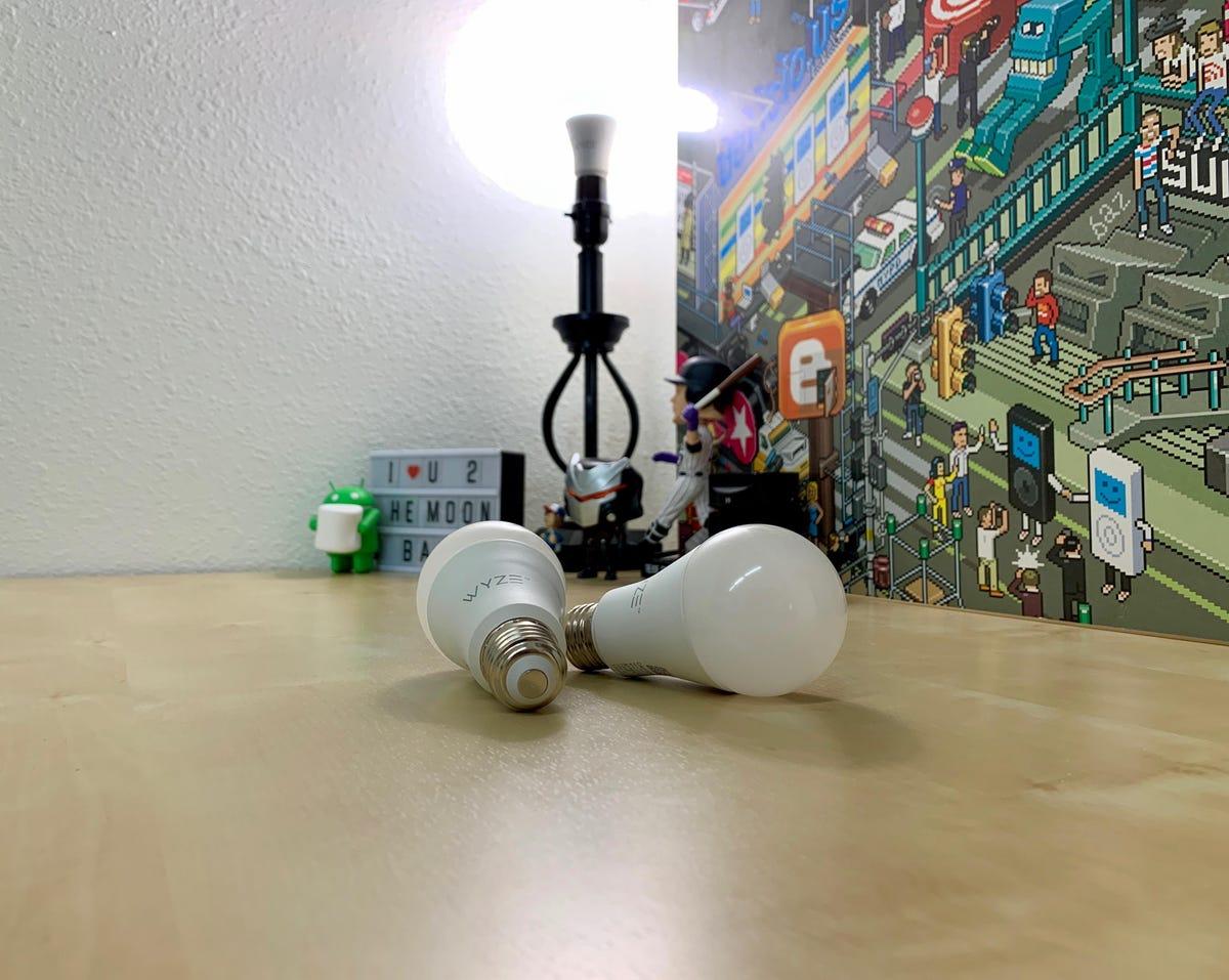 wyze-bulb-2.jpg
