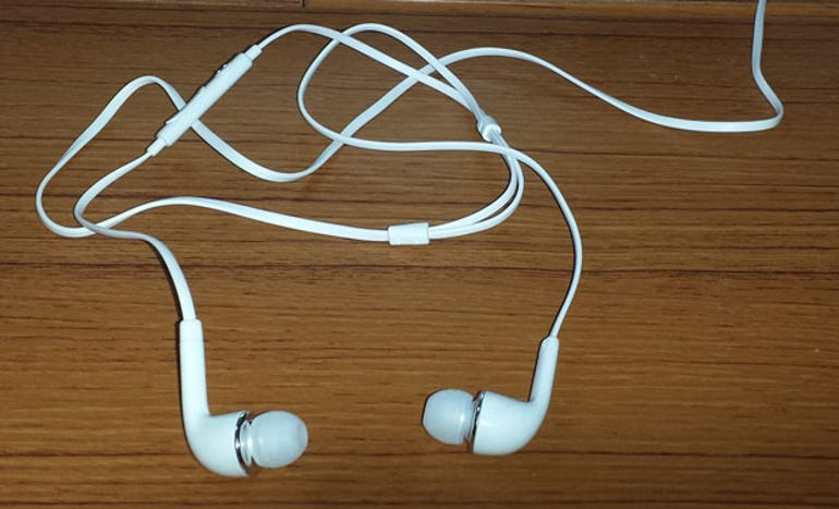 white-earbuds.jpg