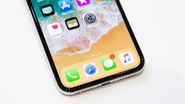 apple-091217-iphone-x-4109.jpg