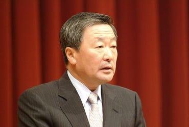 lg-chairman-koo-bon-moo