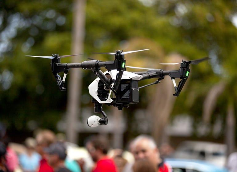 quadrocopter-drone2.jpg