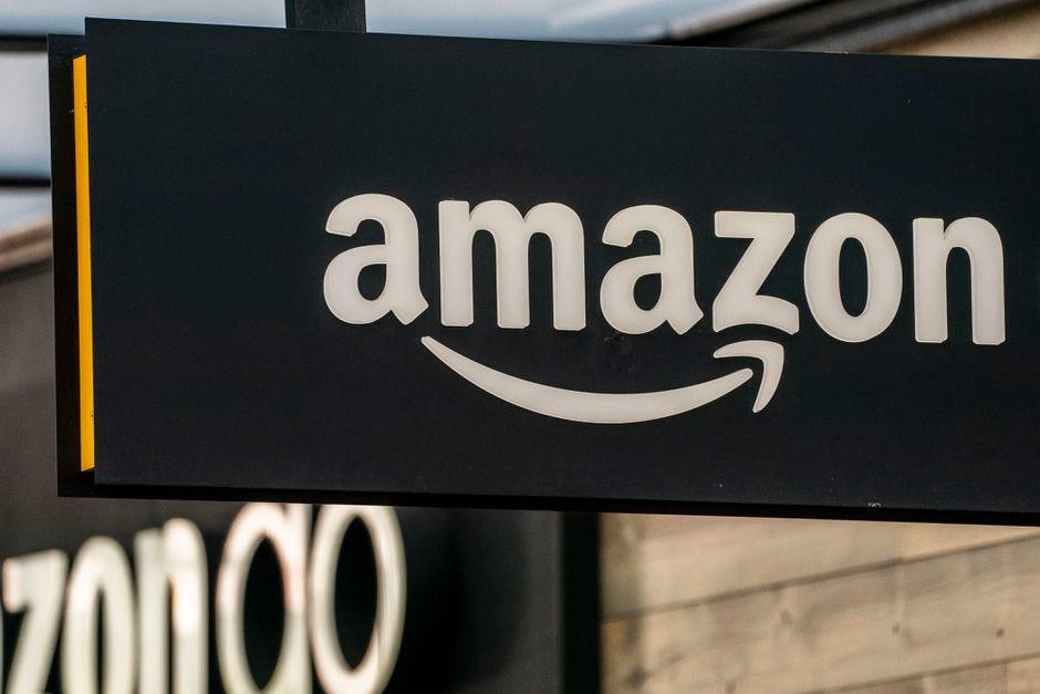 amazon-sign-cnet.jpg