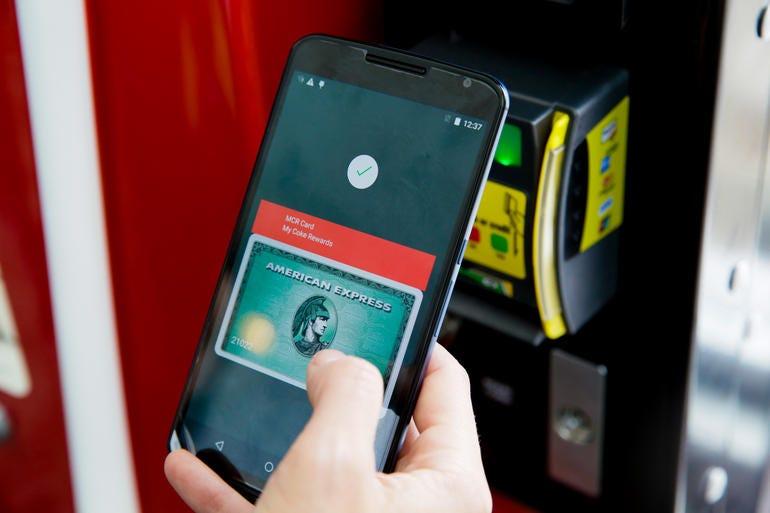 google-io-2015-android-pay-4927.jpg