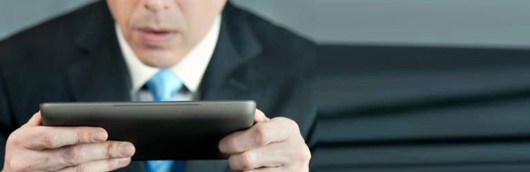 fd-businessman-tablet