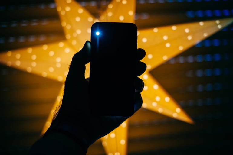 istock-flashlight.jpg