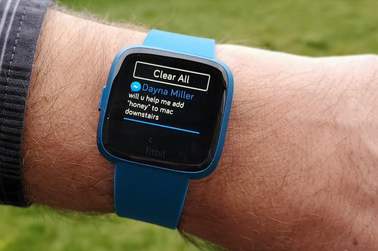 Notifications on the Fitbit Versa Lite