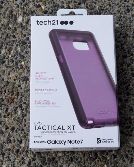 Tech21 Evo Tactical XT retail package