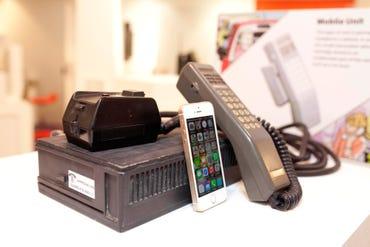 30-years-of-mobile-phone-handsets.jpg