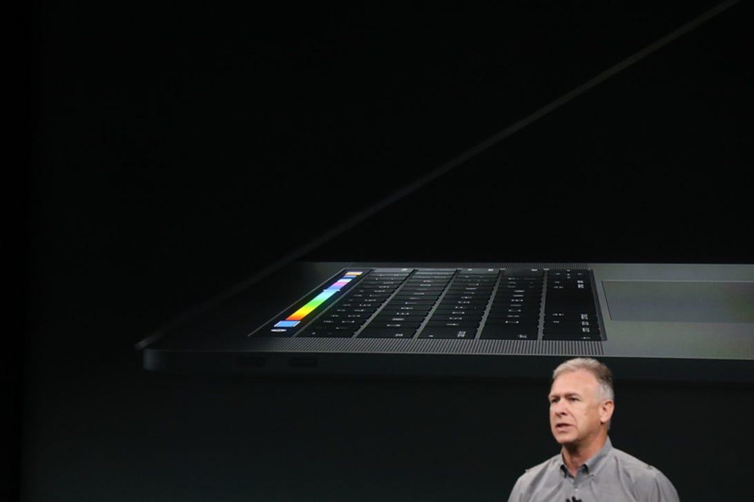 apple-event-mac-touchbar-office.jpg