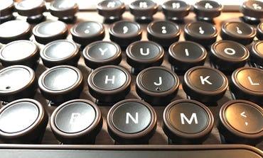 azio-retro-kb-keys.jpg