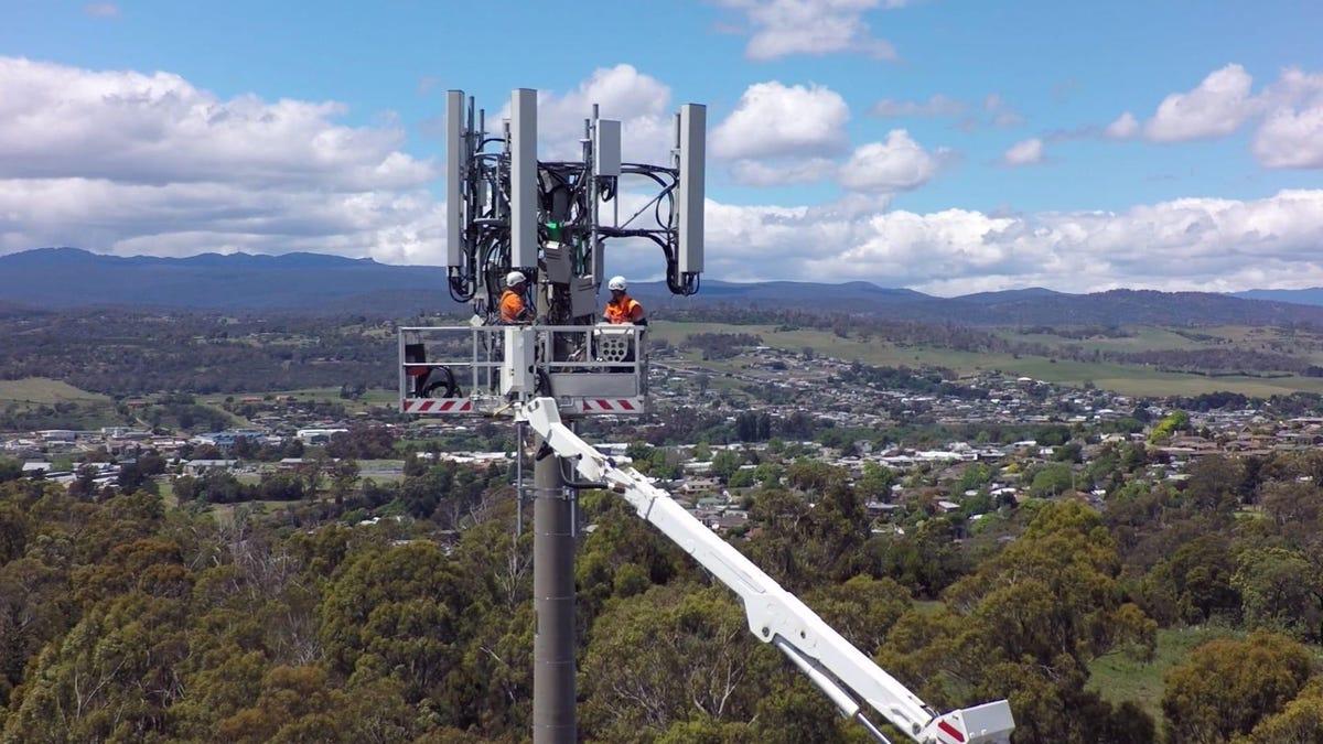telstra-mobile-cell-tower.jpg
