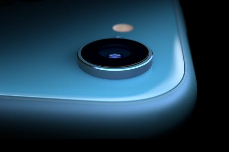 New iPhone: iPhone XR has Face ID