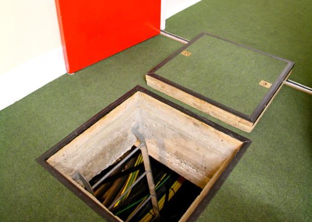 Underfloor cabling