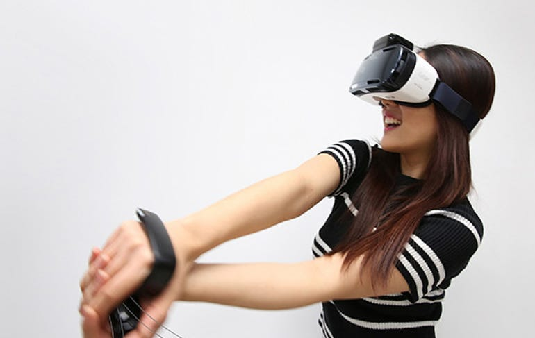 Samsung's mobile virtual reality gear, rink