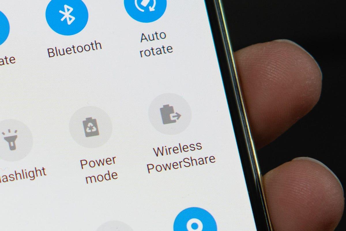 gs10-wireless-power-share-jason-hiner.jpg
