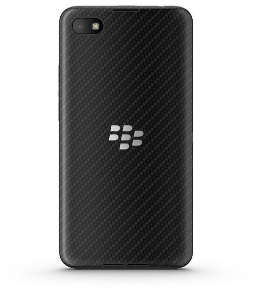 blackberryz303.jpg