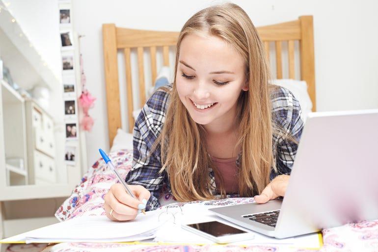 teen-girl-using-laptop.jpg