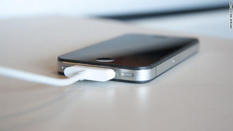 New exploit attacks iPhone via 30-pin charging cable - Jason O'Grady