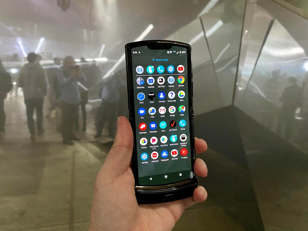 Android apps on Motorola Razr.jpg
