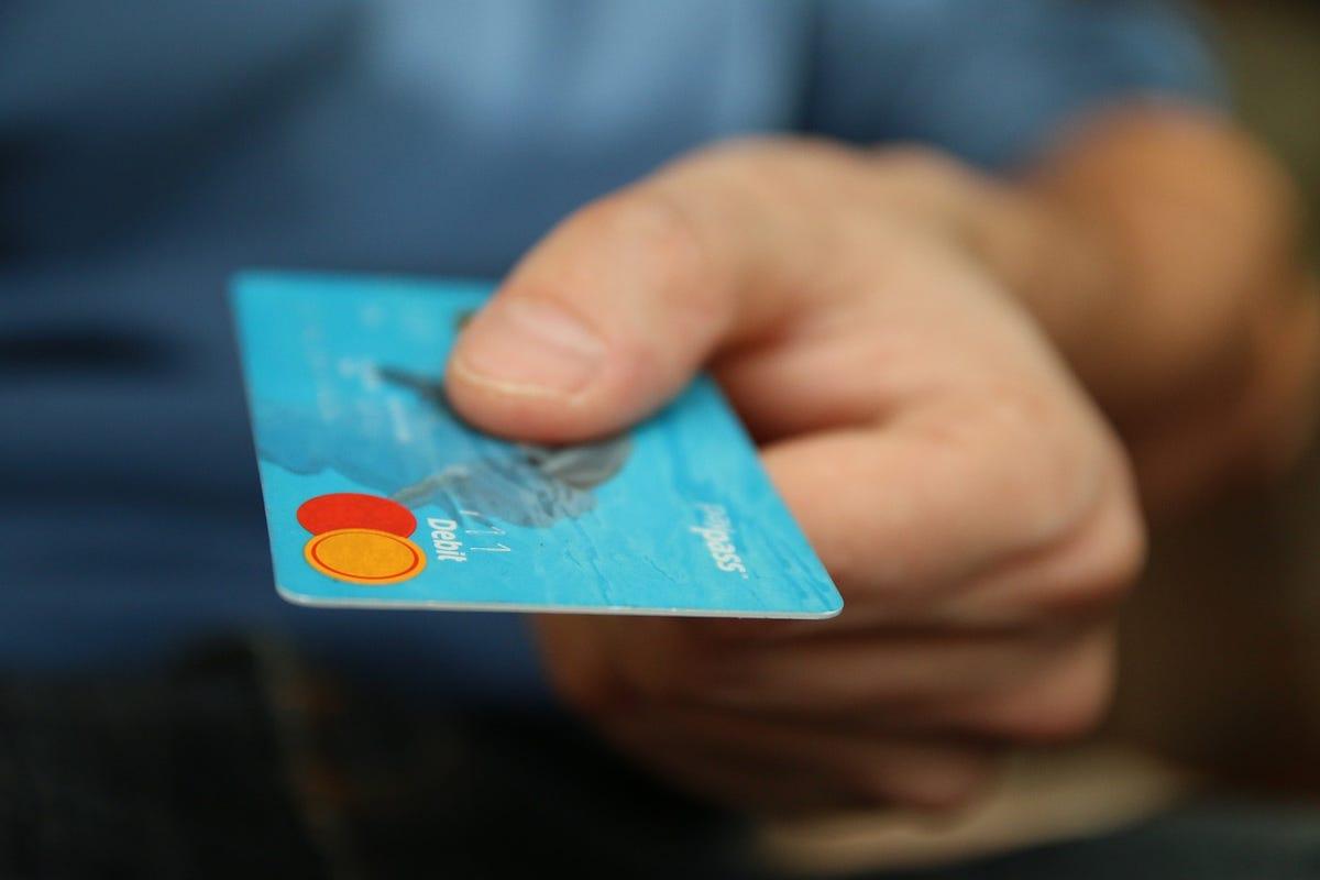 credit-card-jarmoluk.jpg